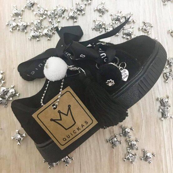 Adidasi Black fetite Quickas