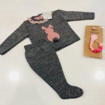 Compleu gri din tricot cu iepuras roz Guti-baby