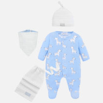 Set pijama, caciula, bavetica, sac nou-nascut Mayoral