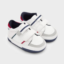 Pantofi sport albi, nou-născut Mayoral