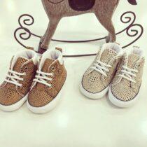 Teniși bebe cu model pătrățele