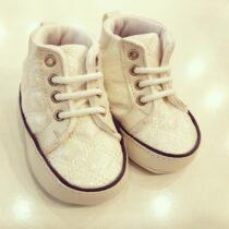 Sneakers ivory lucioși