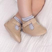 Pantofi din piele ecologică crem nou-născut băiat Mayoral